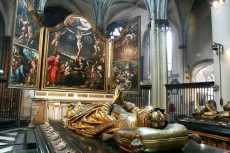 the 16th-century ceremonial tombs of Mary of Burgundy and Charles the Bold